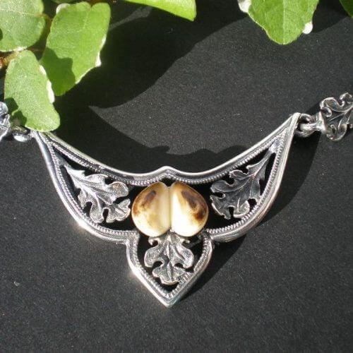 Jagdschmuck Grandelschmuck Halskette aus Silber mit Eichenlaubzier