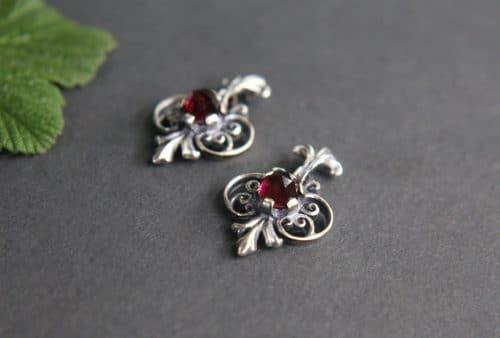 Trachten Ohrringe in Silber und Granat