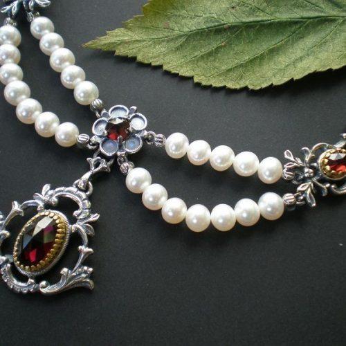 Trachtencollier Diana mit Perlen und Granat