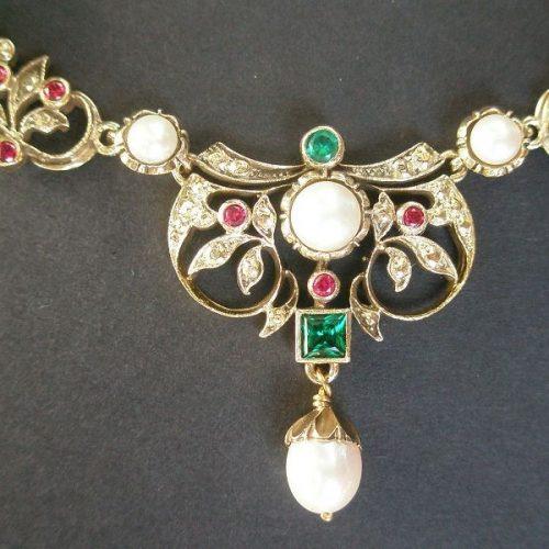 Trachtencollier Burgi Gold mit Steinen Rhodocrosith, Perlen und Malachit