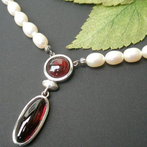 Perlenkette Anna mit Granat