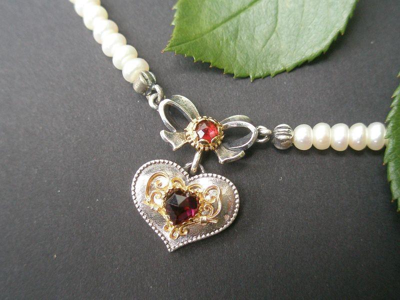 Trachtenschmuck Perlenkette Herz Filigran