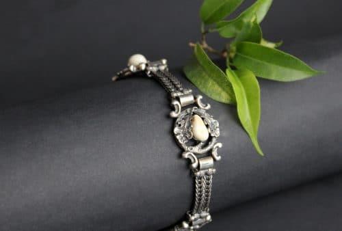 Silbernes Armband mit Grandeln