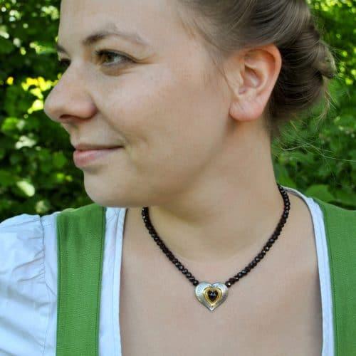 Granatkette Karin mit Herz