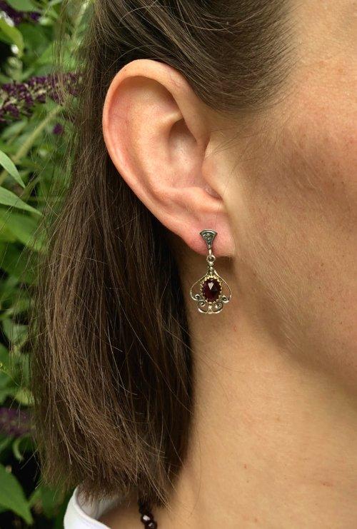 Ohrringe Trachtenschmuck Granat und Silber