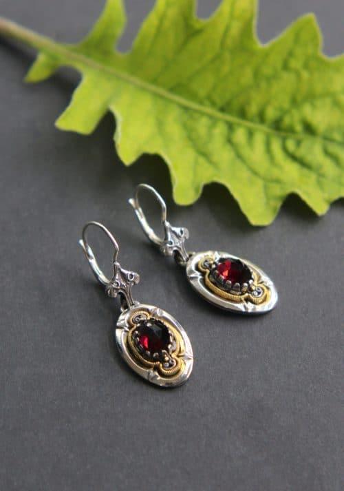 Trachtenschmuck Ohrringe Granat: Olga in Silber und silber-vergoldet