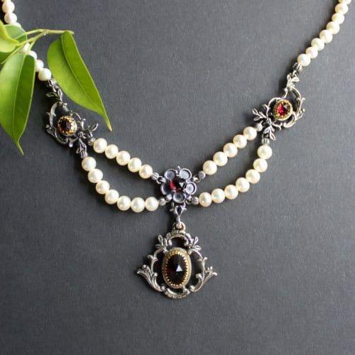Trachtenschmuck Perlencollier Diana mit Garnat