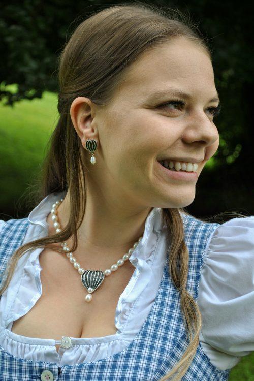 Dirndlschmuck Set Sabine mit Perlen und Herzmotiv aus Silber