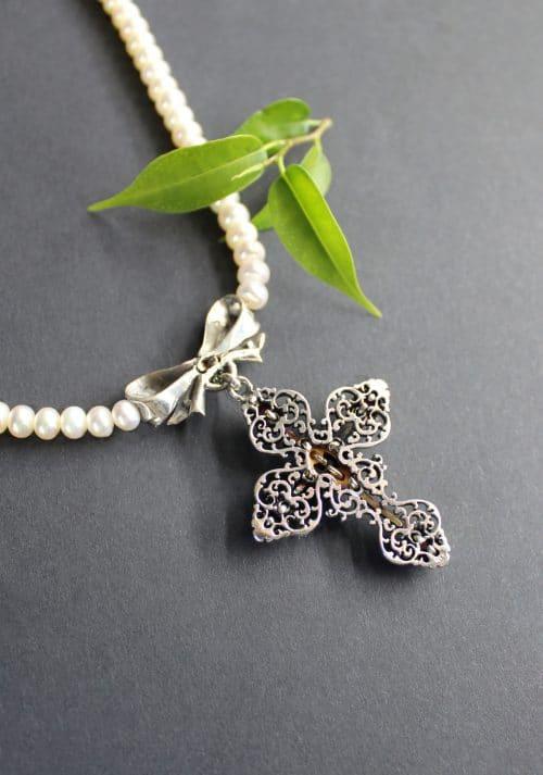 Perlenkette Susi hintere Ansicht