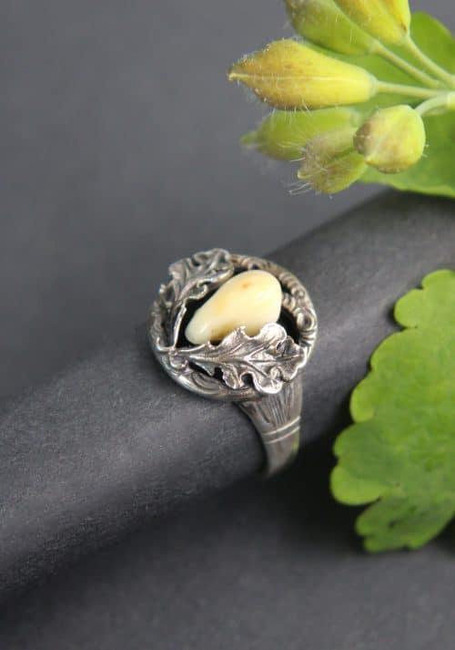 Silberner Jagdschmuck Ring für Damen mit Eichenlaubzier