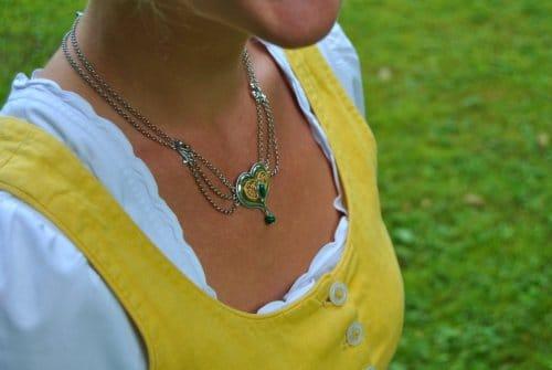 Trachtenkette Silber mit grünem Stein Malachait