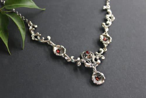 Trachtenkette in Silber seitliche Ansicht