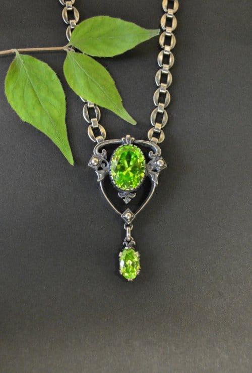 Silberkette mit grünem Zirkonia Online Shop Produkt