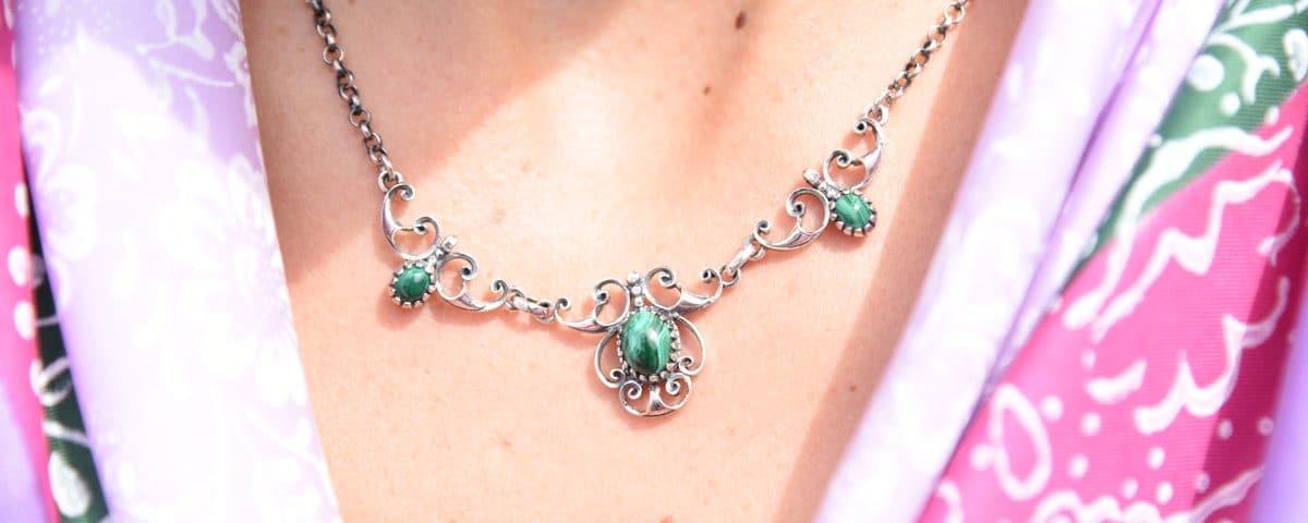 Trachtenkette aus Silber mit Smaragd