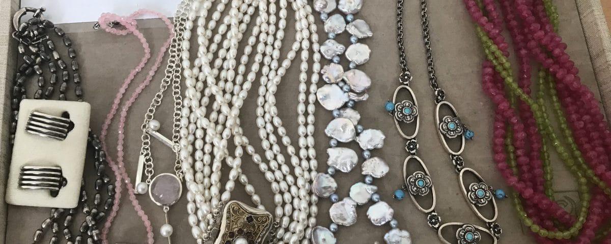 Trachtenketten und Kropfketten für die Modenshow
