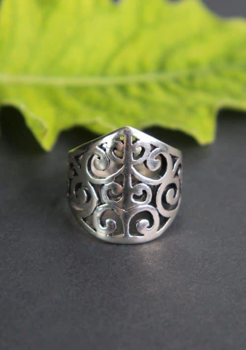 Trachtenschmuck Silberring mit Schnörkelmuster