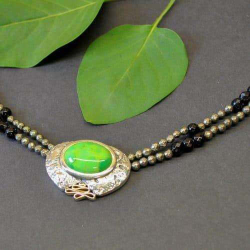 Collier aus Silber mit Stein Grün Türkis Pyrith Onyx