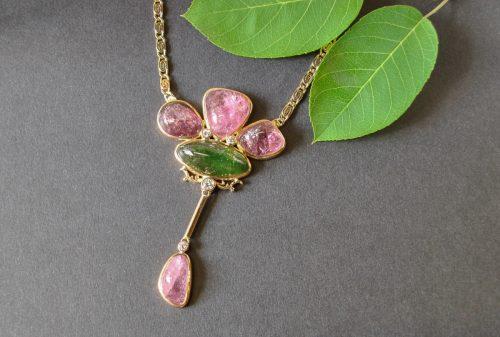 Unikat Collier Turmaline Natur rosa und grün mit Brillant
