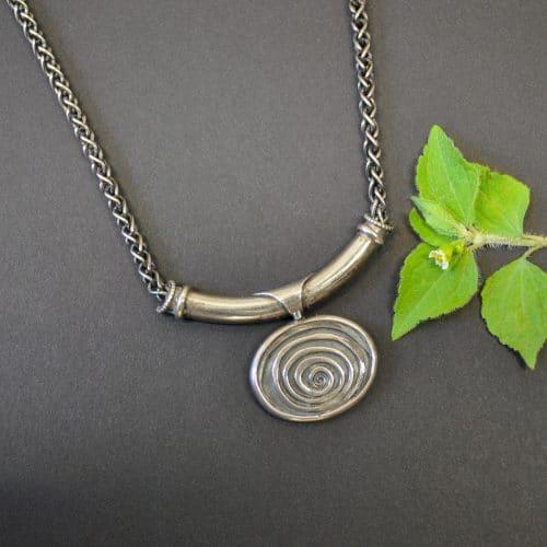 Schöne Silberkette zum Dirndl oder auch zum Modernen