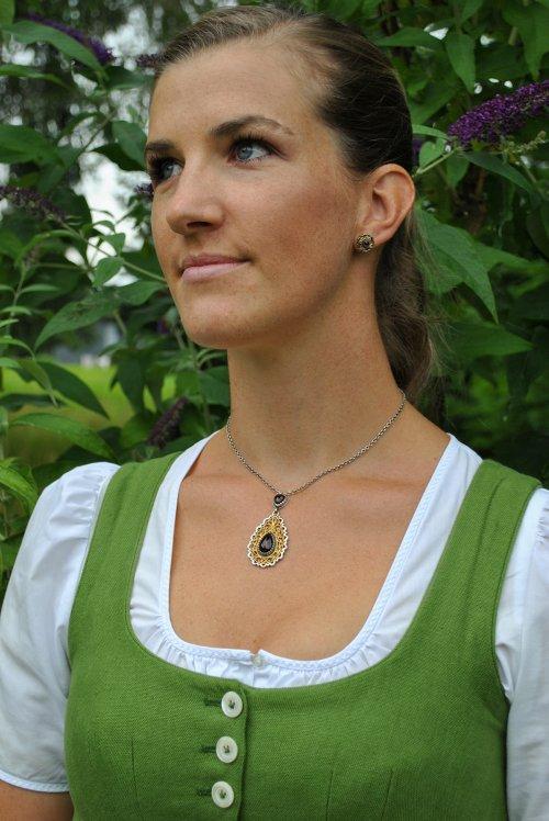 Trachtenschmuck Kette und Ohrringe aus Silber mit schönen Details