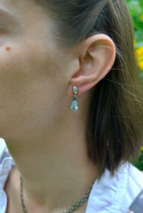Silberne Ohrringe Mia mit blauem Spinell