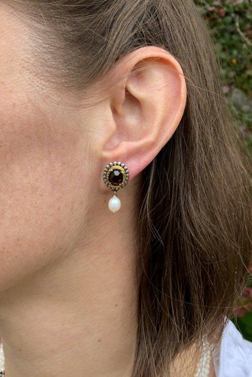 Dirndlschmuck Perlenohrringe getragen