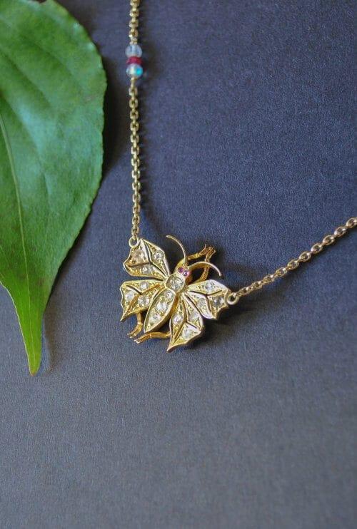 Schmuck Einzelstück Collier Gold mit Diamanten und Rubin