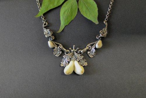 Jagdschmuck Silberkette mit Grandeln und Eichenblättern aus Silber