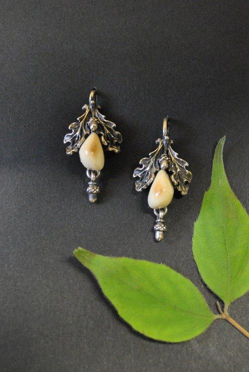 Grandelschmuck Ohrringe mit Eichenblättern
