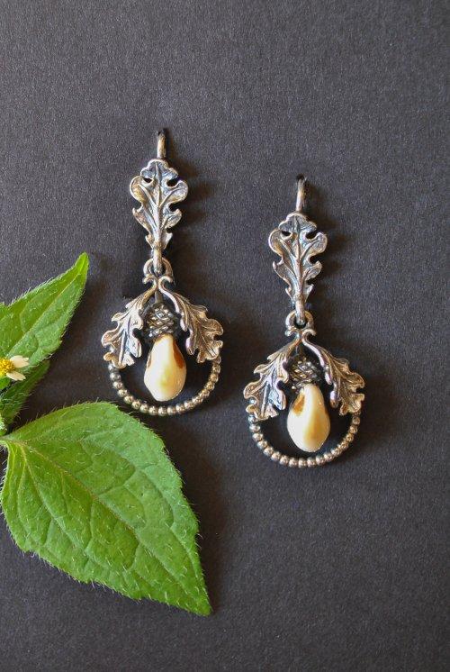 Grandelschmuck Ohrringe mit EIchenblätter