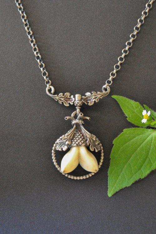 Grandelschmuck Kette mit Eichen Motiv Silberkette