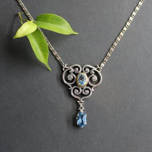 Moderner Trachtenschmuck: Collier Larissa mit blauem Spinell