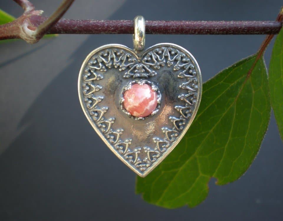 Steiner Kirtagherz Silber und rosa Stein