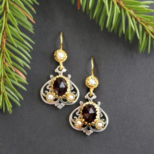 Trachtenschmuck Ohrringe Granat mit Perle