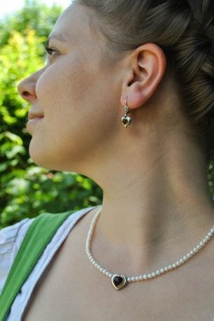 Dirndlschmuck Set des Monats Oktober Perlenkette Rita mit Herz
