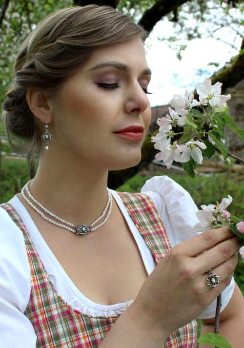 Trachtenschmuck Set für Damen: Perlencollier, Silberring und Ohrringe mit Perle