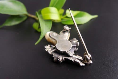 Hutnadel aus Silber: hintere Ansicht