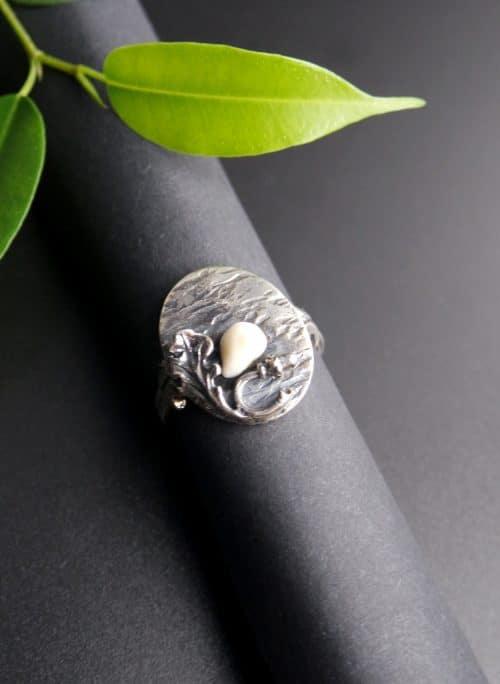 Traditioneller Grandlschmuck Ring gemixt mit modernen Elementen