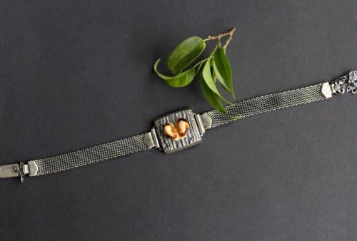 Modernes Grandelschmuck Armband Huberta in Silber und einem Paar Hirschgrandeln