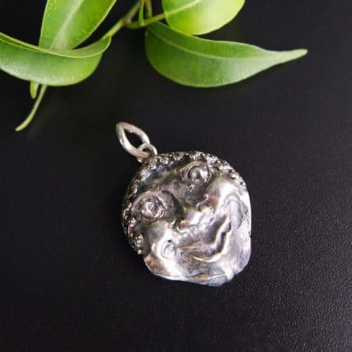 Anhänger in Silber für Uhrkette, Motiv Maske