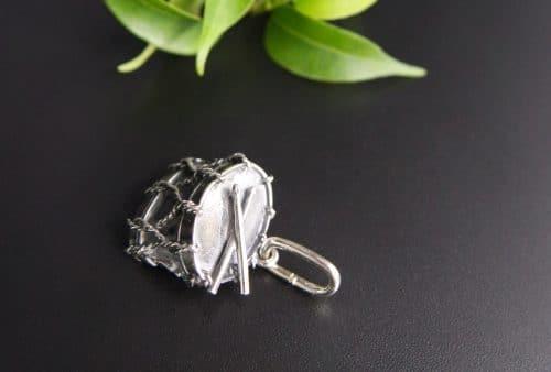 Silberne Trommel als Anhänger für Uhrenkette oder Charivari Kette