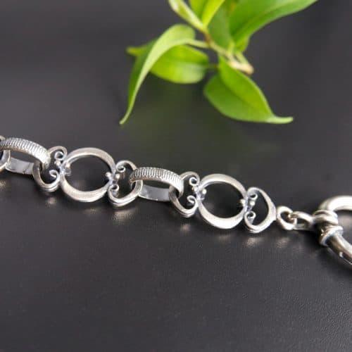 Hochwertige Trachten Uhrenkette in Silber. Auch als Charivari Kette geeignet