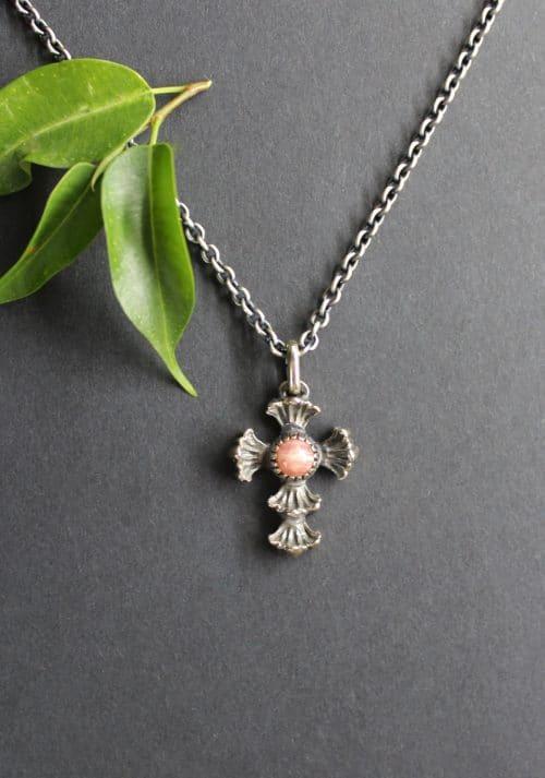 Trachtenschmuck Silberkette mit kleinem Kreuz als Anhänger