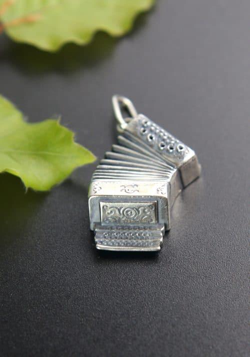 Silberner Anhänger für Männer Uhrkette