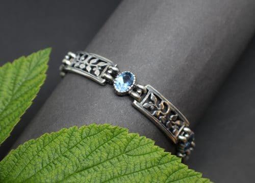 Trachtenschmuck Armband Modern in Silber und synthetischem blauen Spinell