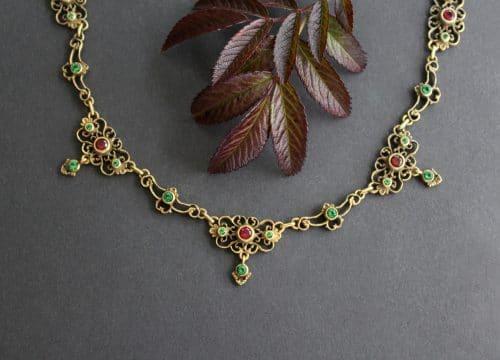 Elegantes Trachtenschmuck Collier in Altsilber vergoldet, mehrteilig
