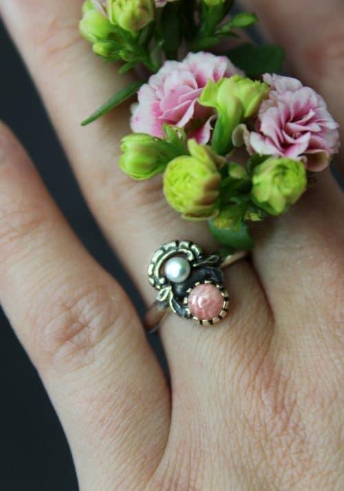 Trachtenschmuck Rosa: Silberring Jutta mit Rhodochrosit und Perle