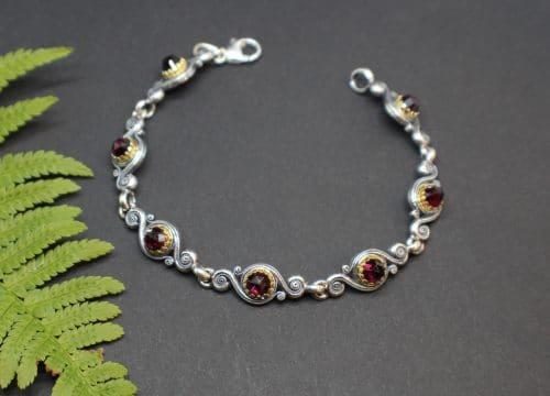Trachtenschmuck Armband Larissa in Silber mit Granat