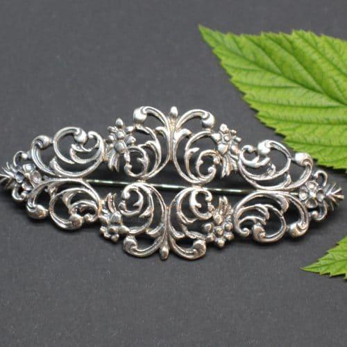 Trachtenschmuck Brosche in Silber und floralem Muster