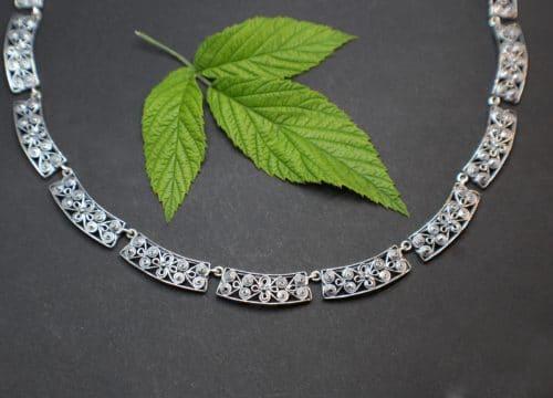 Vollcollier in Silber